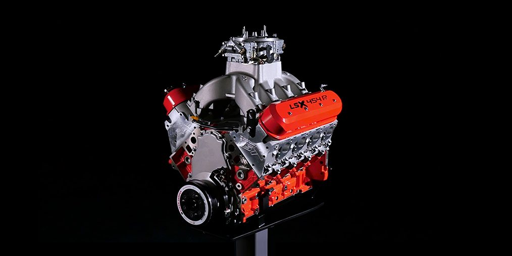 cp-2016-lsx454R-engines-detail-video-gallery-2to1-01.jpg