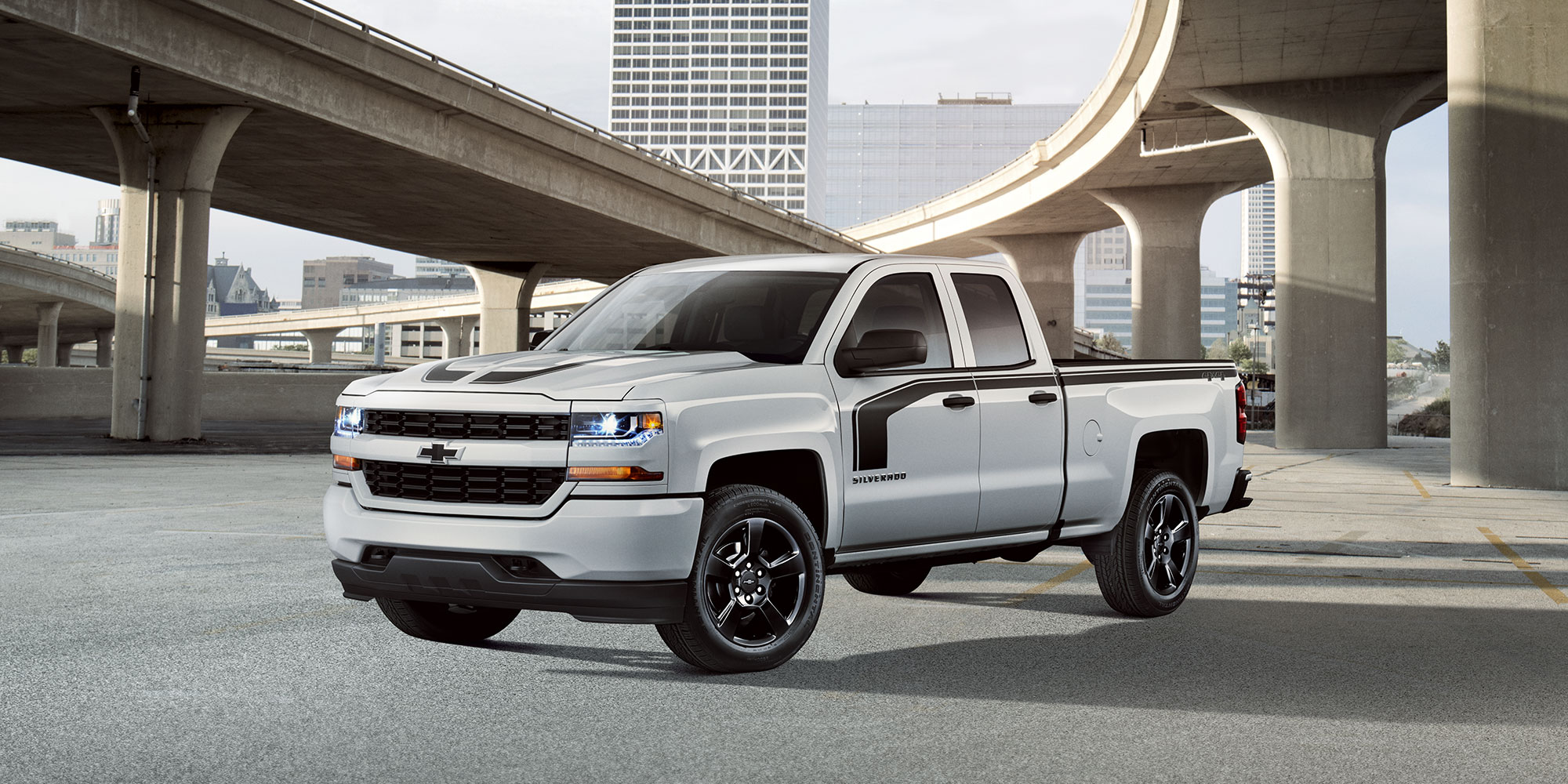 Ediciones especiales de Chevy Silverado: Lateral del Rally 1