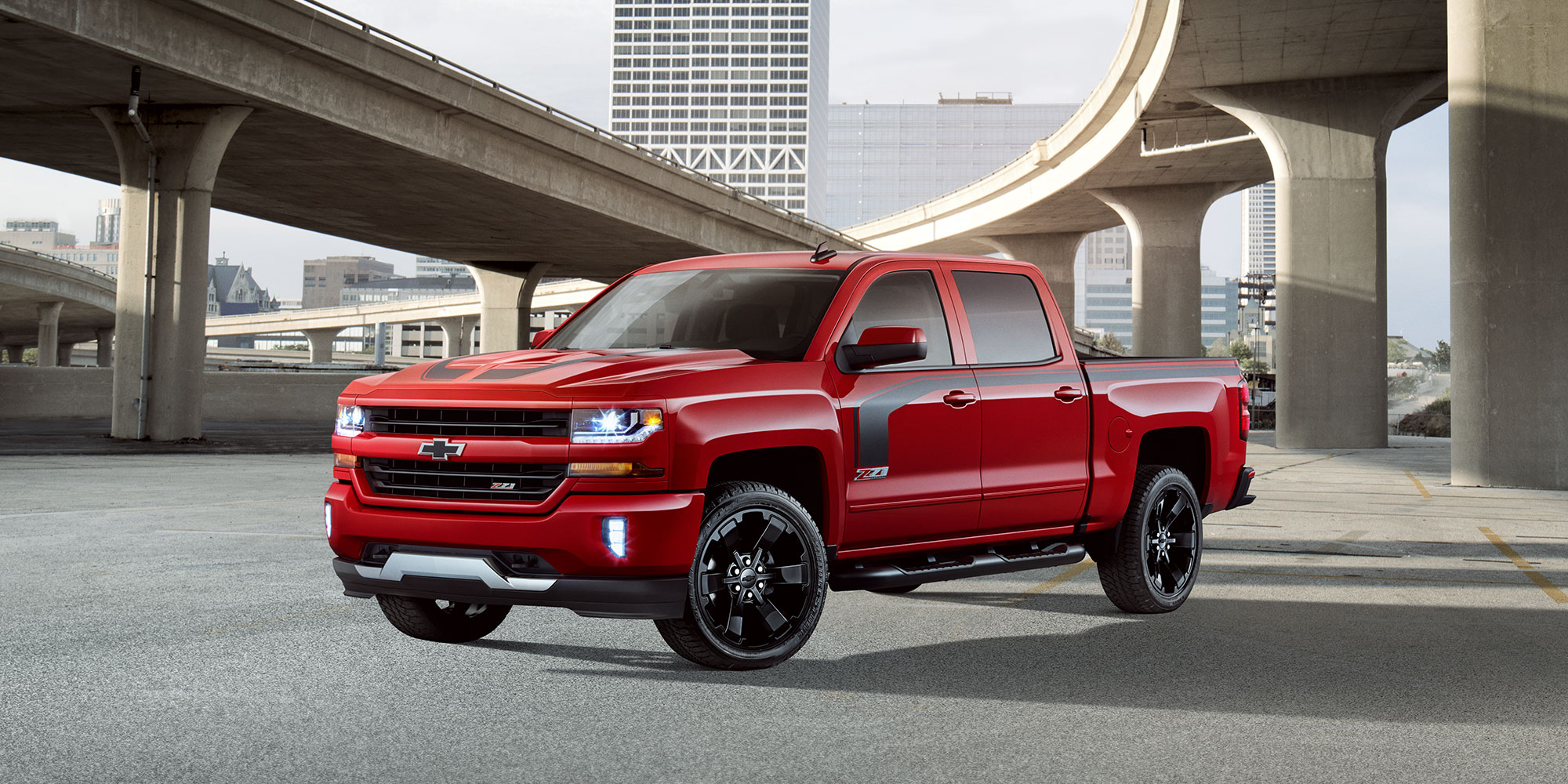 Ediciones especiales de Chevy Silverado: Lateral del Rally 2