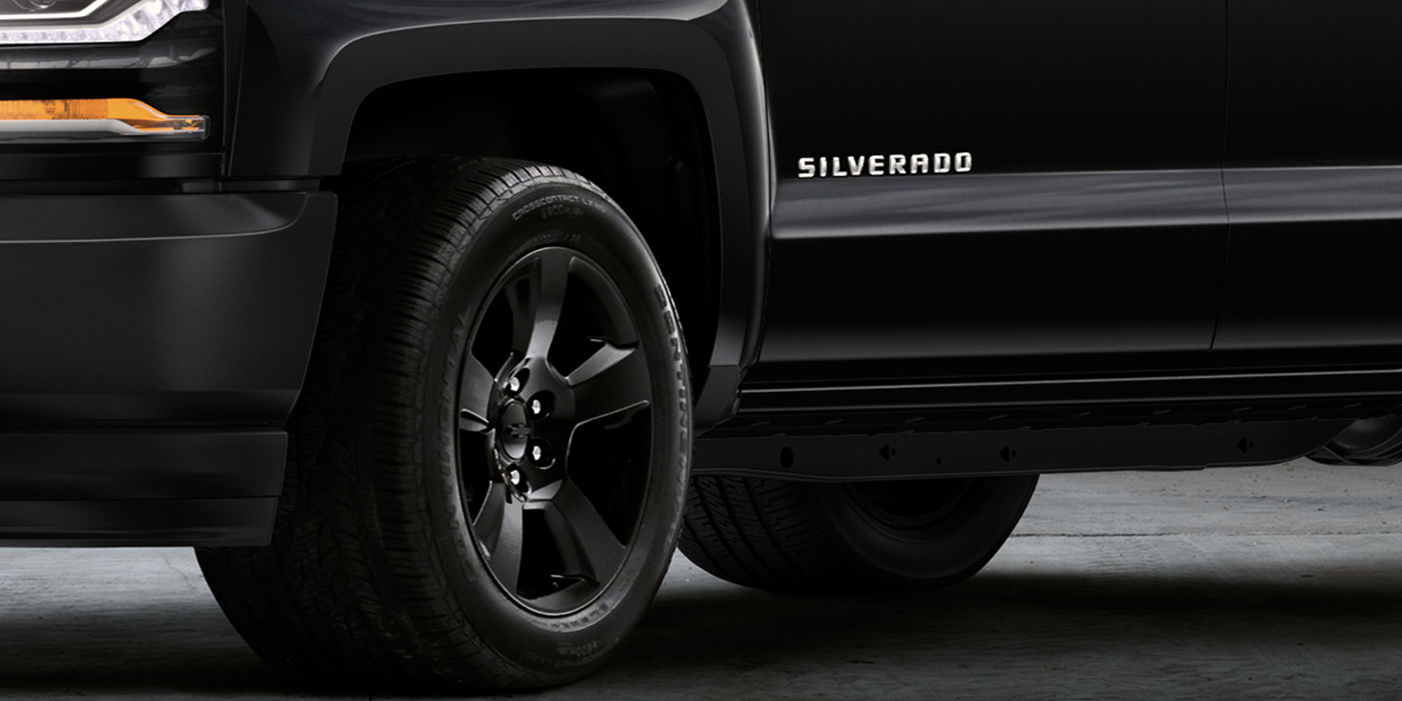 Ediciones especiales de Chevy Silverado: Rines Black Out de 20""