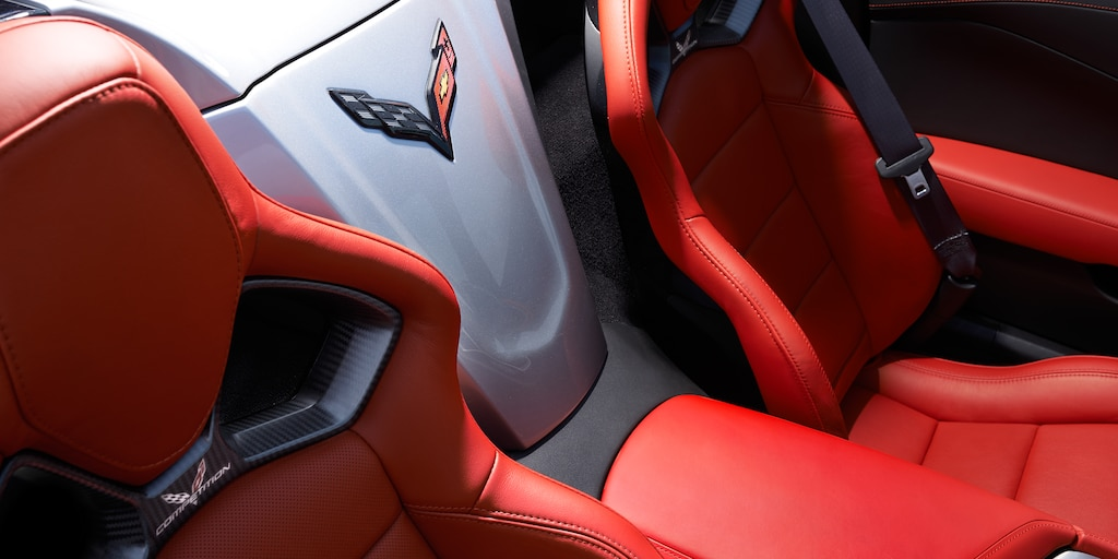 Foto del interior del Corvette Stingray 2017: asientos