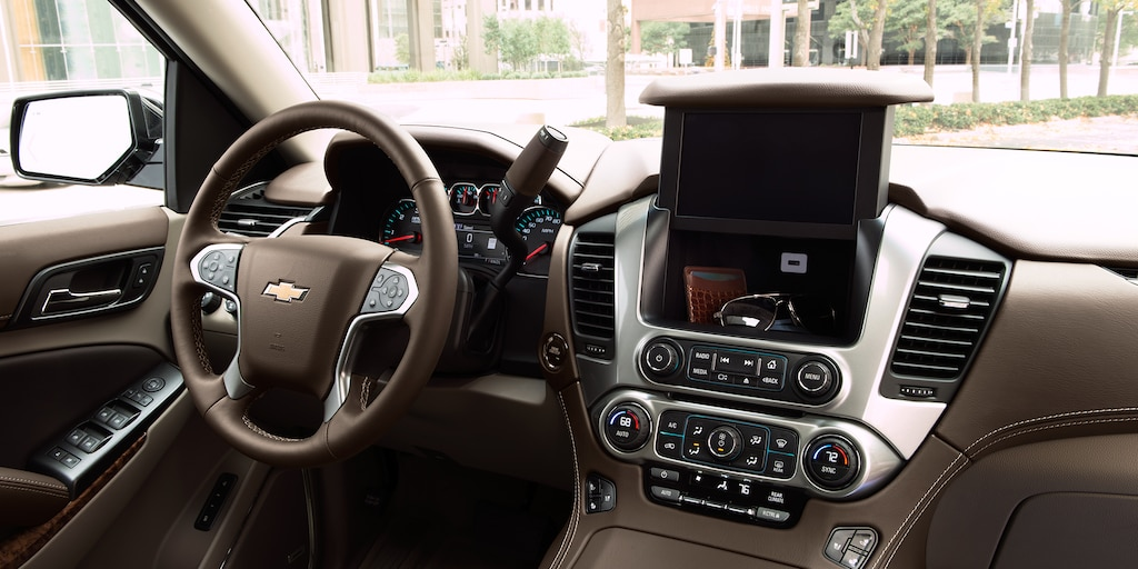 2018 Tahoe SUV Interior Photo: center dashboard storage