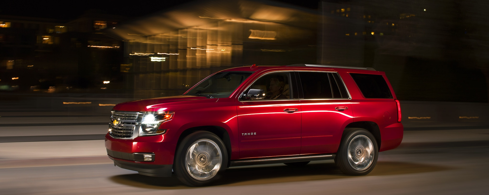 2018 Tahoe SUV Exterior Photo: lado