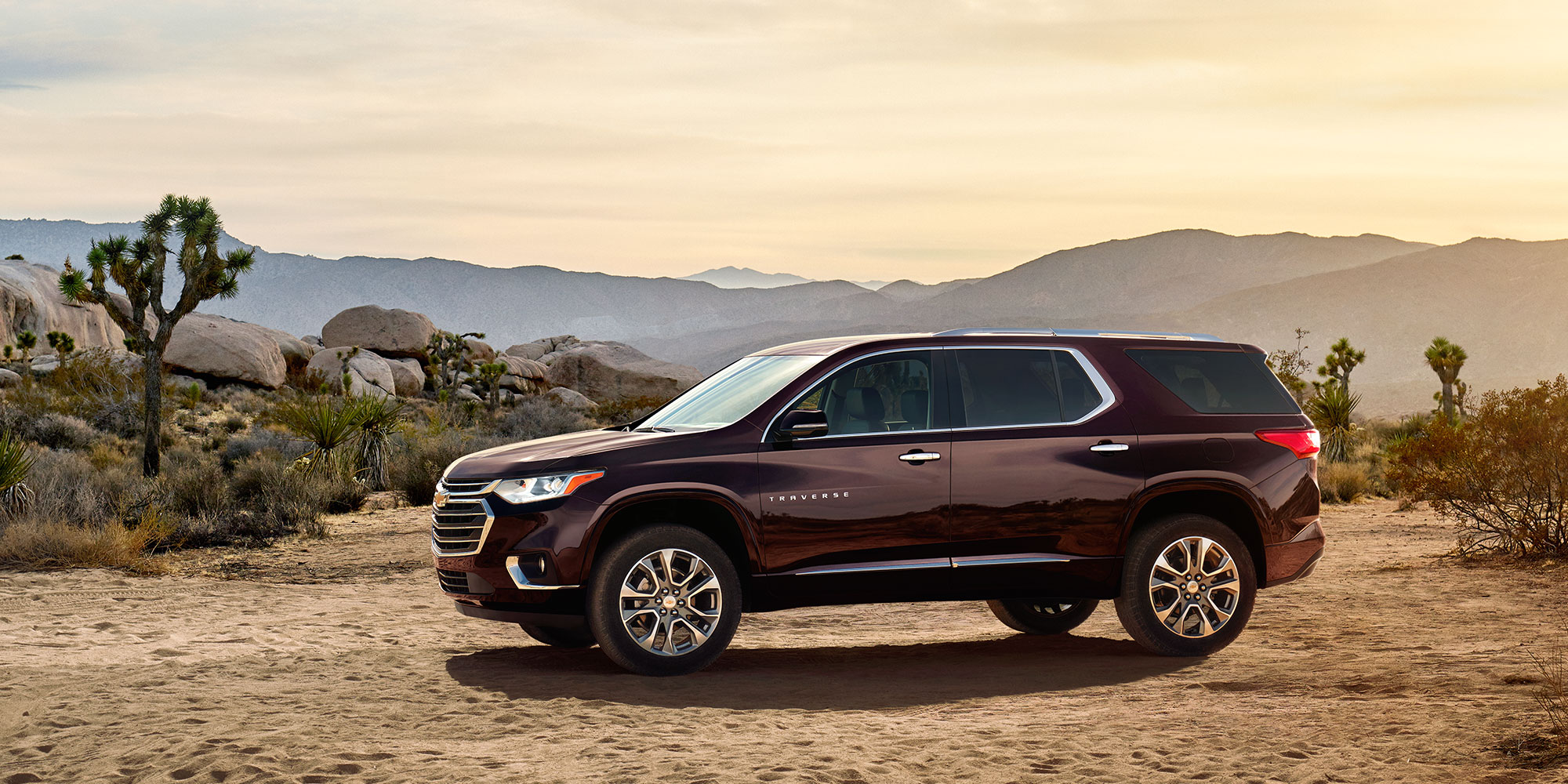 2018 Traverse Midsize SUV Design: perfil lateral