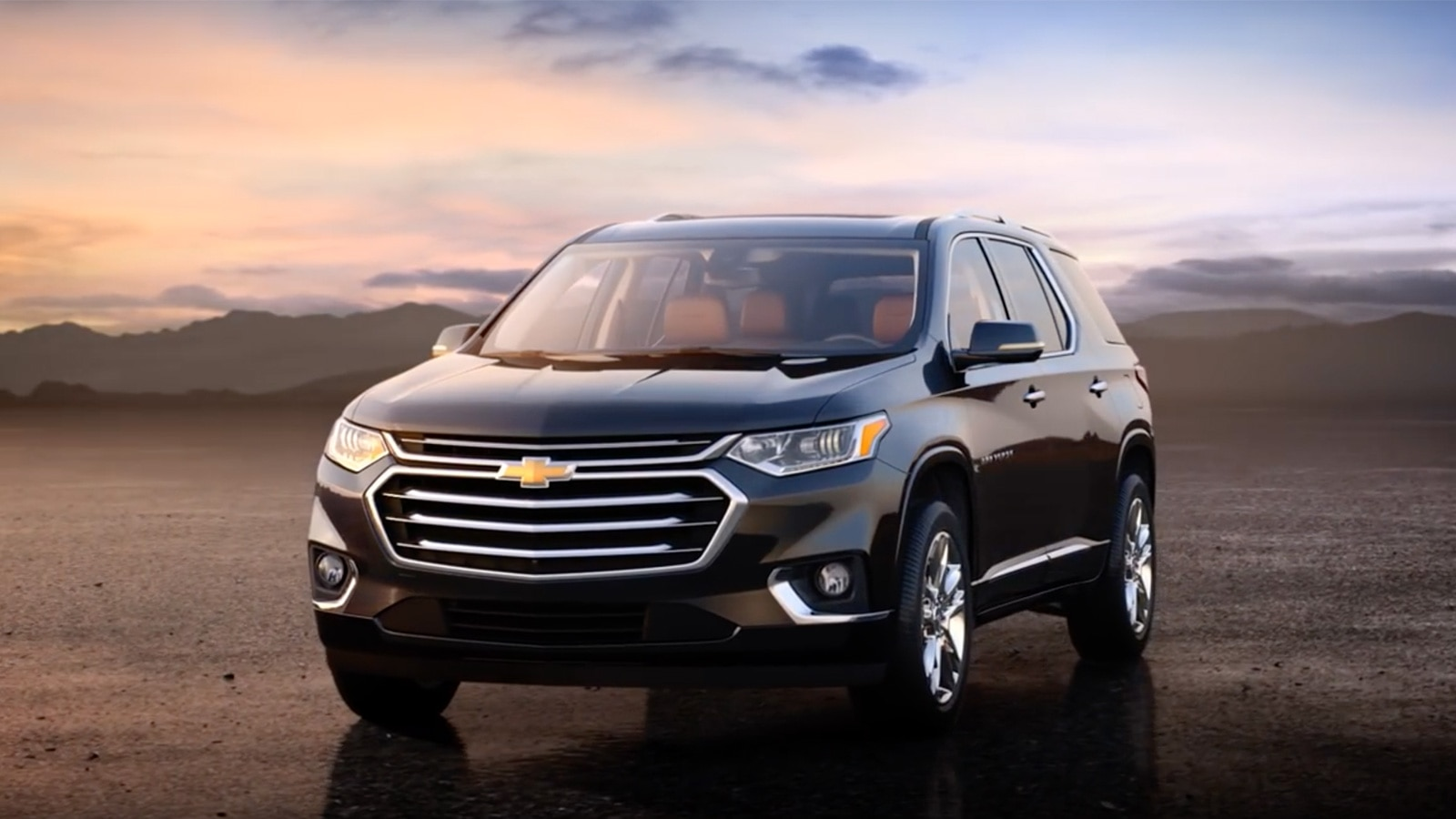 2018 Traverse Midsize SUV: Video