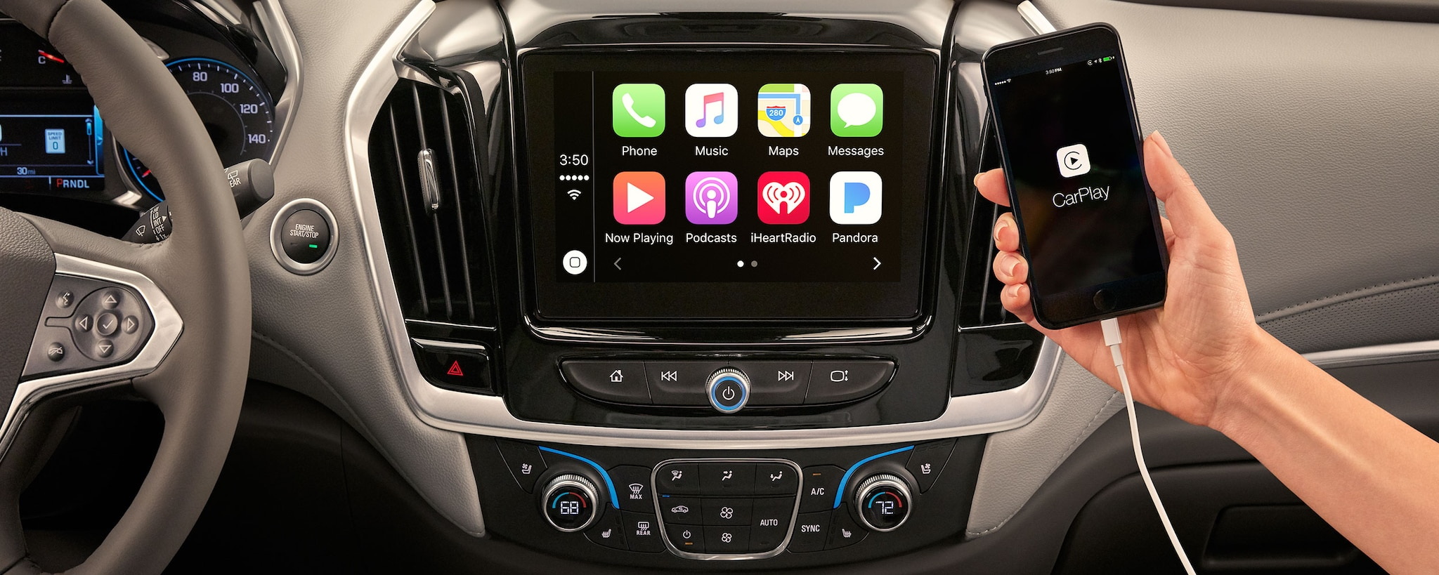 2018 Traverse Midsize SUV Technology: Apple CarPlay Display