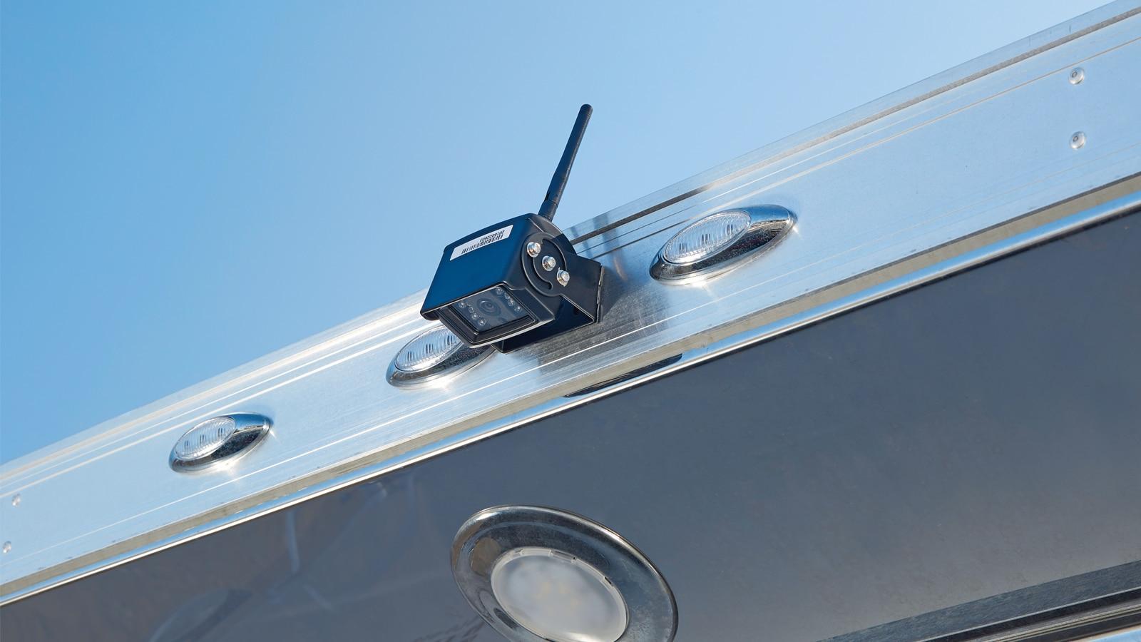 Primer plano de la cámara EchoMaster montada sobre el remolque.