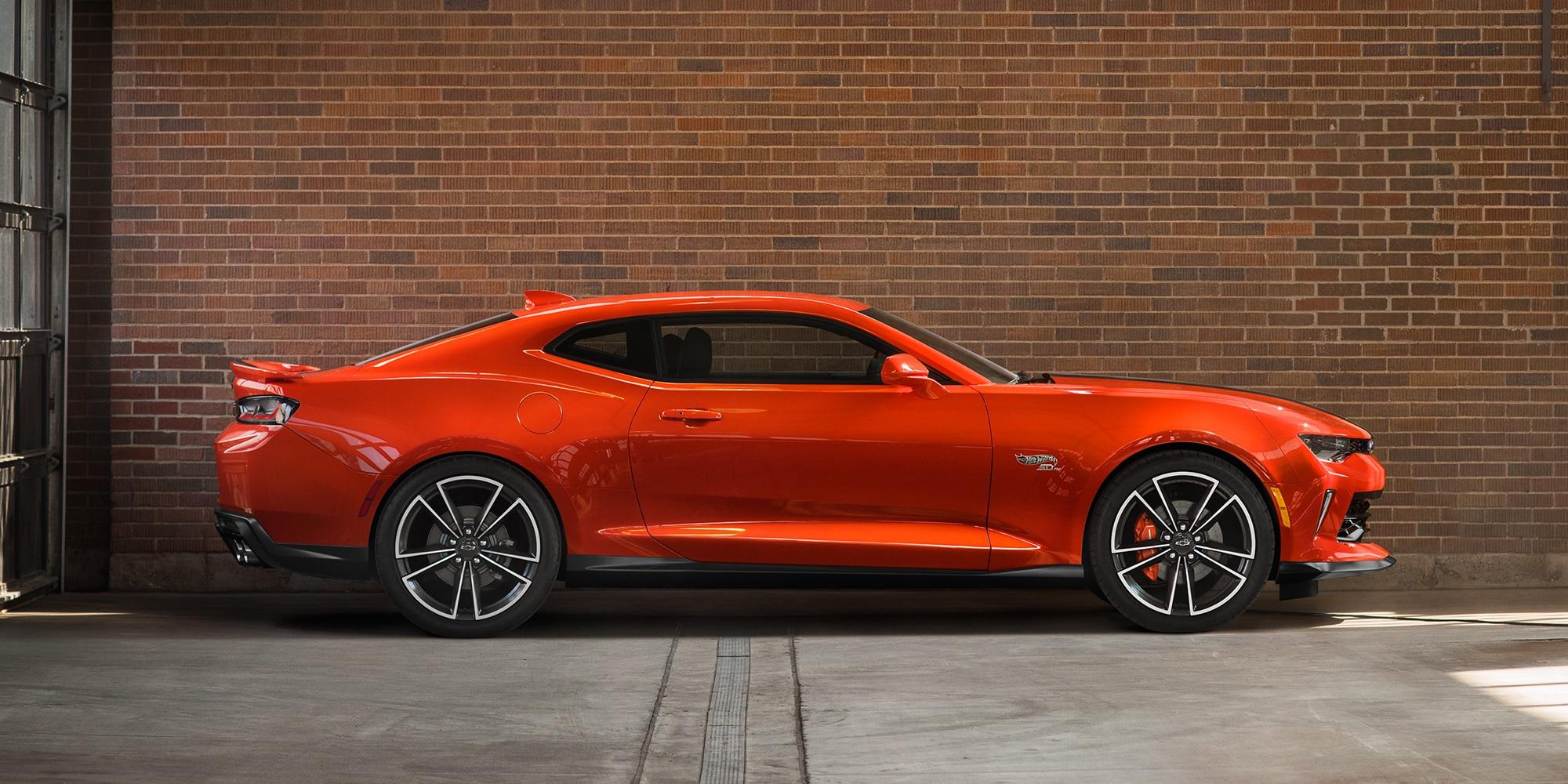 Chevrolet Camaro Hot Wheels Edition: Exterior lateral
