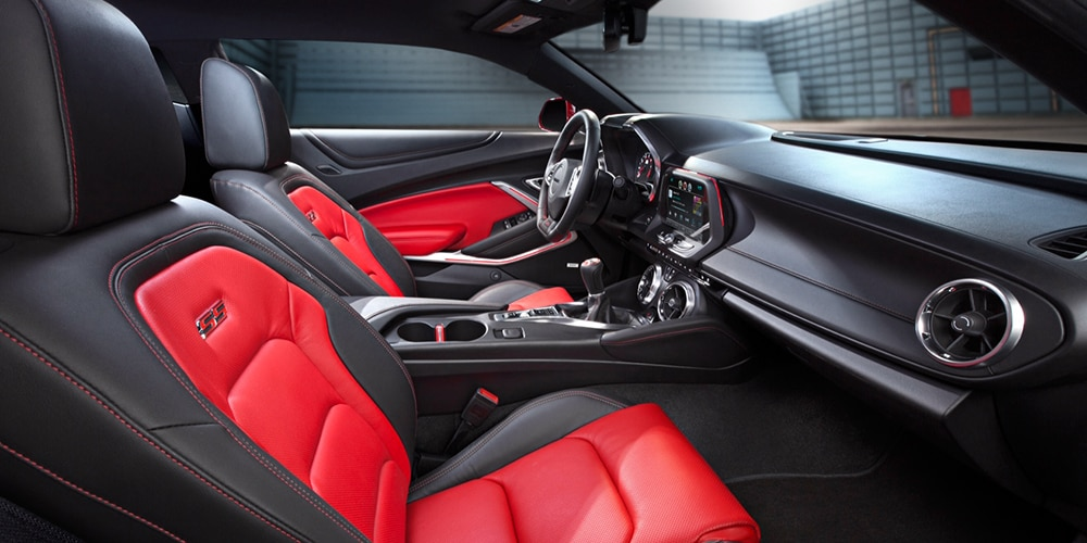 Chevrolet Camaro SS: interior