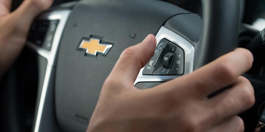 Funciones de Chevrolet MyLink: tecnología del volante
