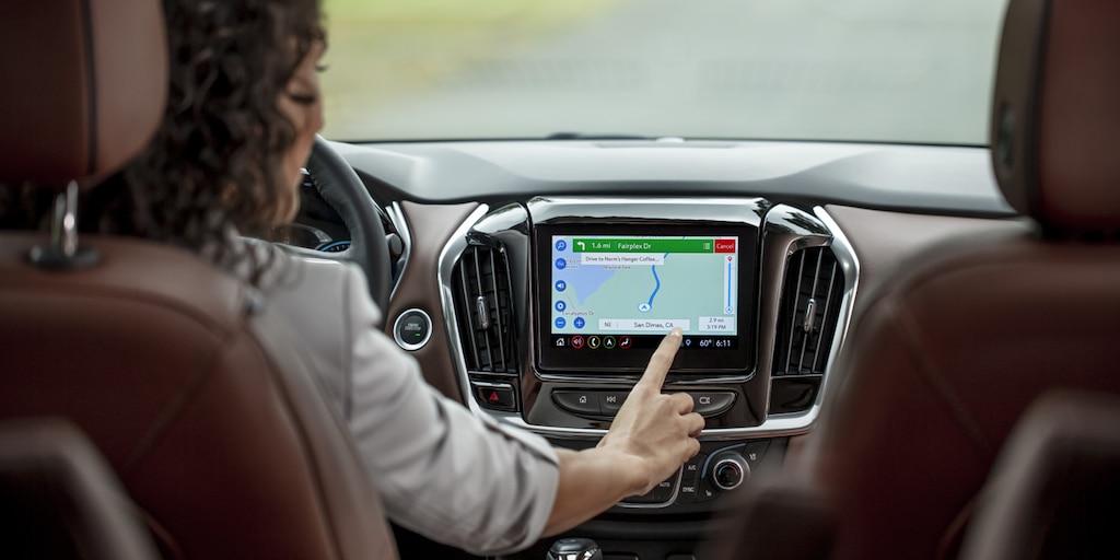 Las direcciones paso a paso de OnStar en un vehículo Chevrolet