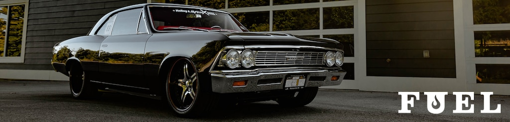 Vista frontal lateral del hot rod Chevrolet Chevelle 1966 de Charlie Malone, impulsado por un motor LT4