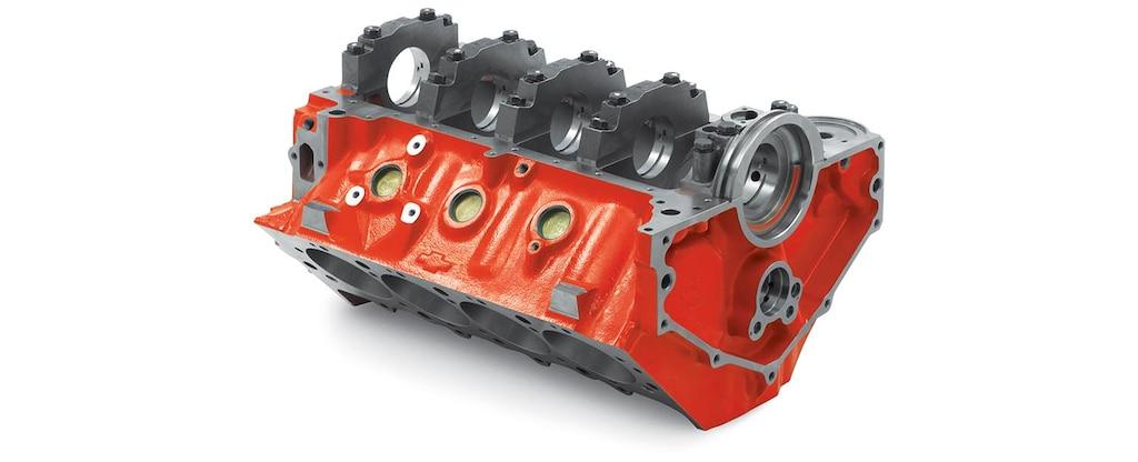 Vista inferior trasera del bloque grande vacío de motor Sportsman de cubierta alta de Chevrolet Performance