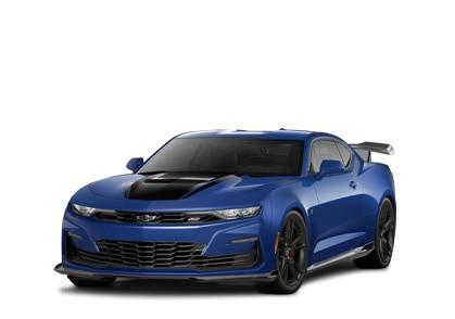 PartesChevyPerformance: Toma de medio perfil del extremo delantero de auto deportivoCamaro azul