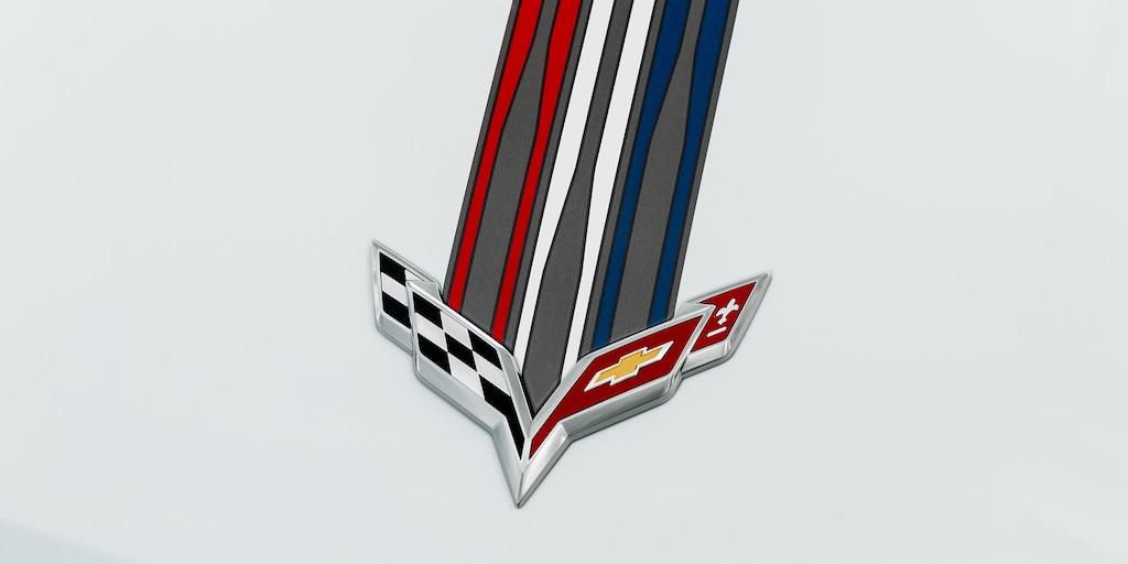 Ediciones especiales de Corvette. Paquete de diseño Azul Crepúsculo: Emblemas cromados