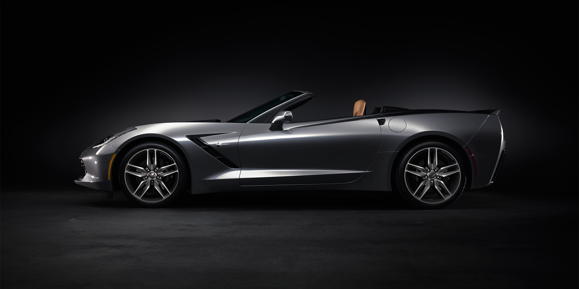 Foto exterior del Corvette Stingray Convertible 2017: perfil lateral