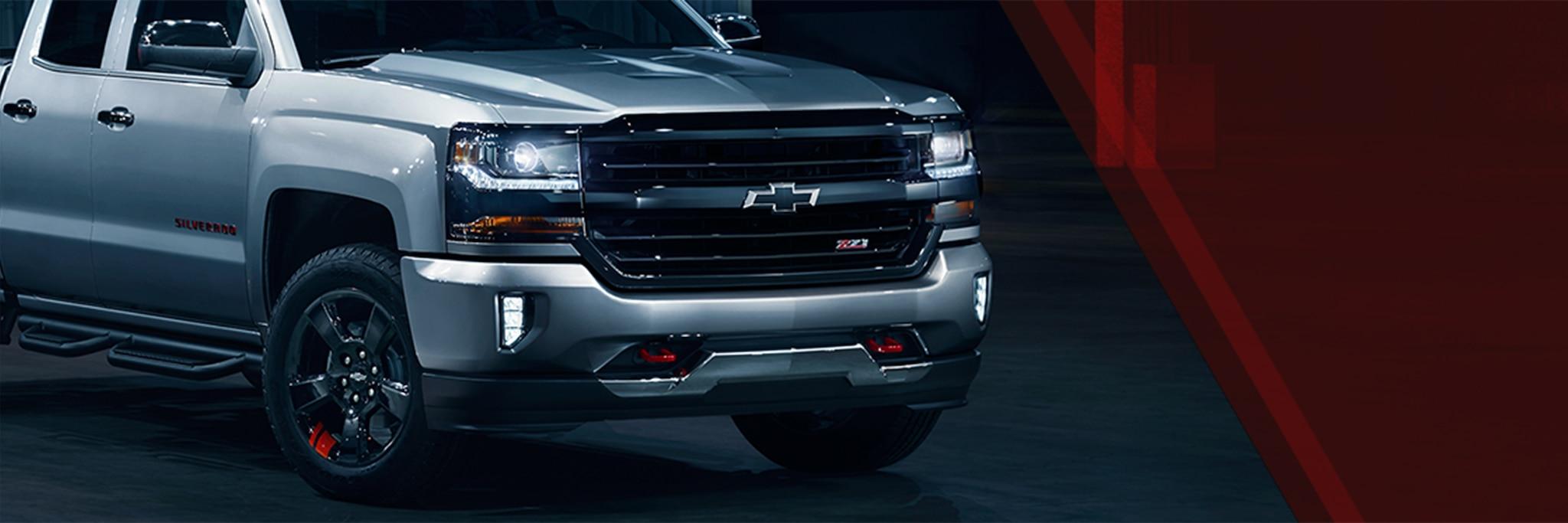 Detalles de la Serie Redline de Chevrolet: parrilla color negro