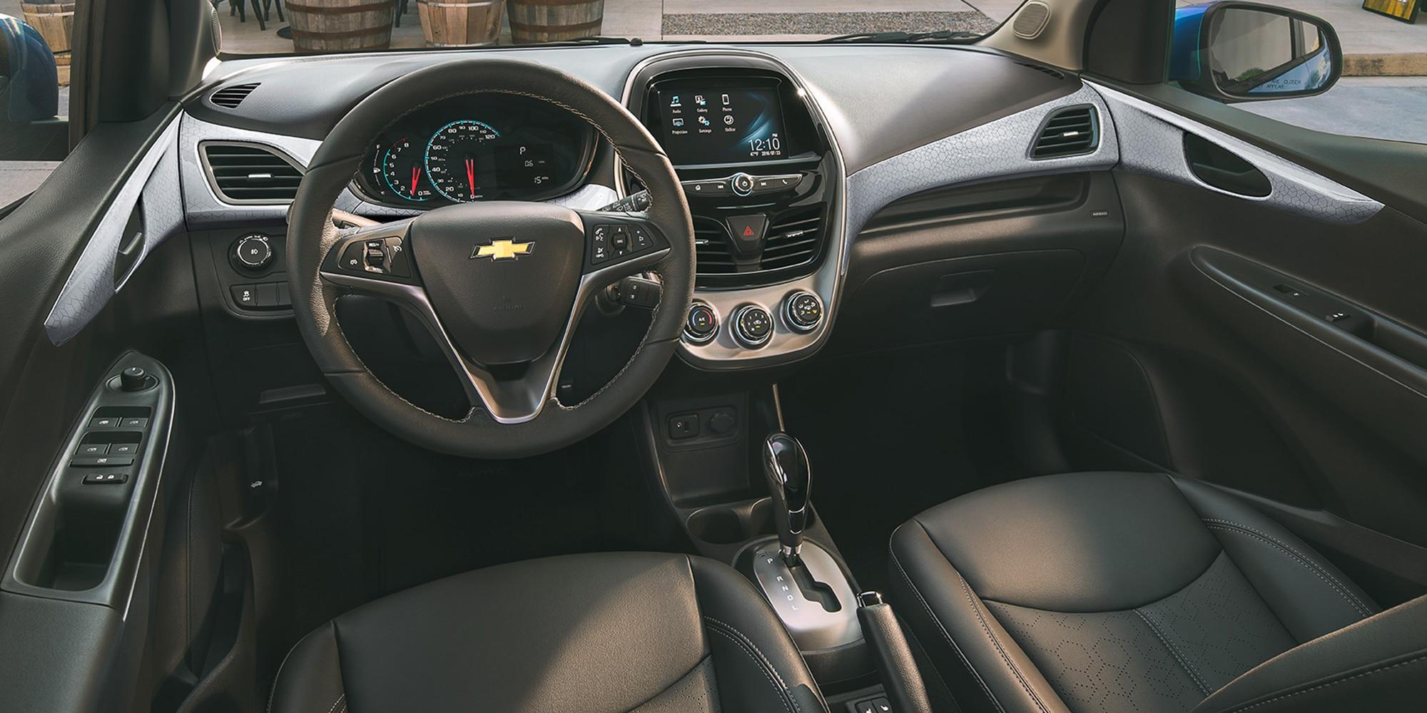 Auto urbano Chevrolet Spark ACTIV 2018: interior