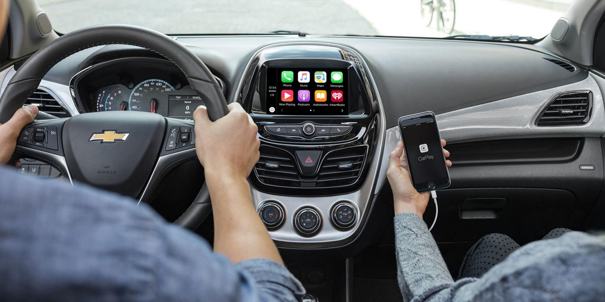 Tecnología del auto urbano Chevrolet Spark 2018: Apple CarPlay