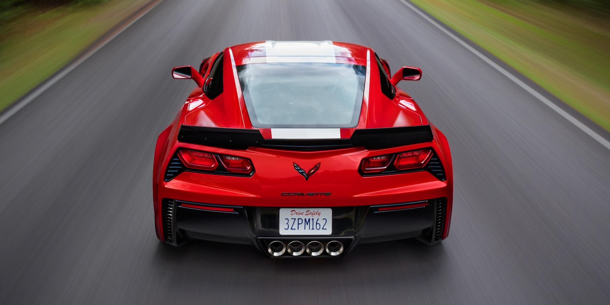 Diseño del auto deportivo Corvette Grand Sport 2018: trasero
