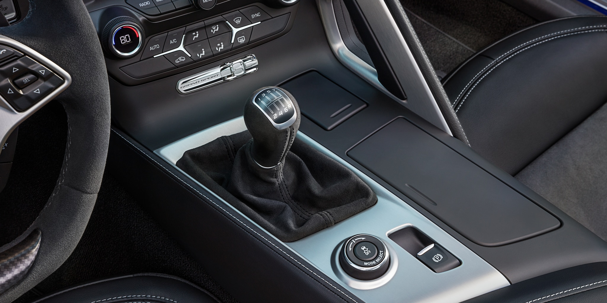 Diseño del auto deportivo Corvette Grand Sport 2018: palanca de cambios