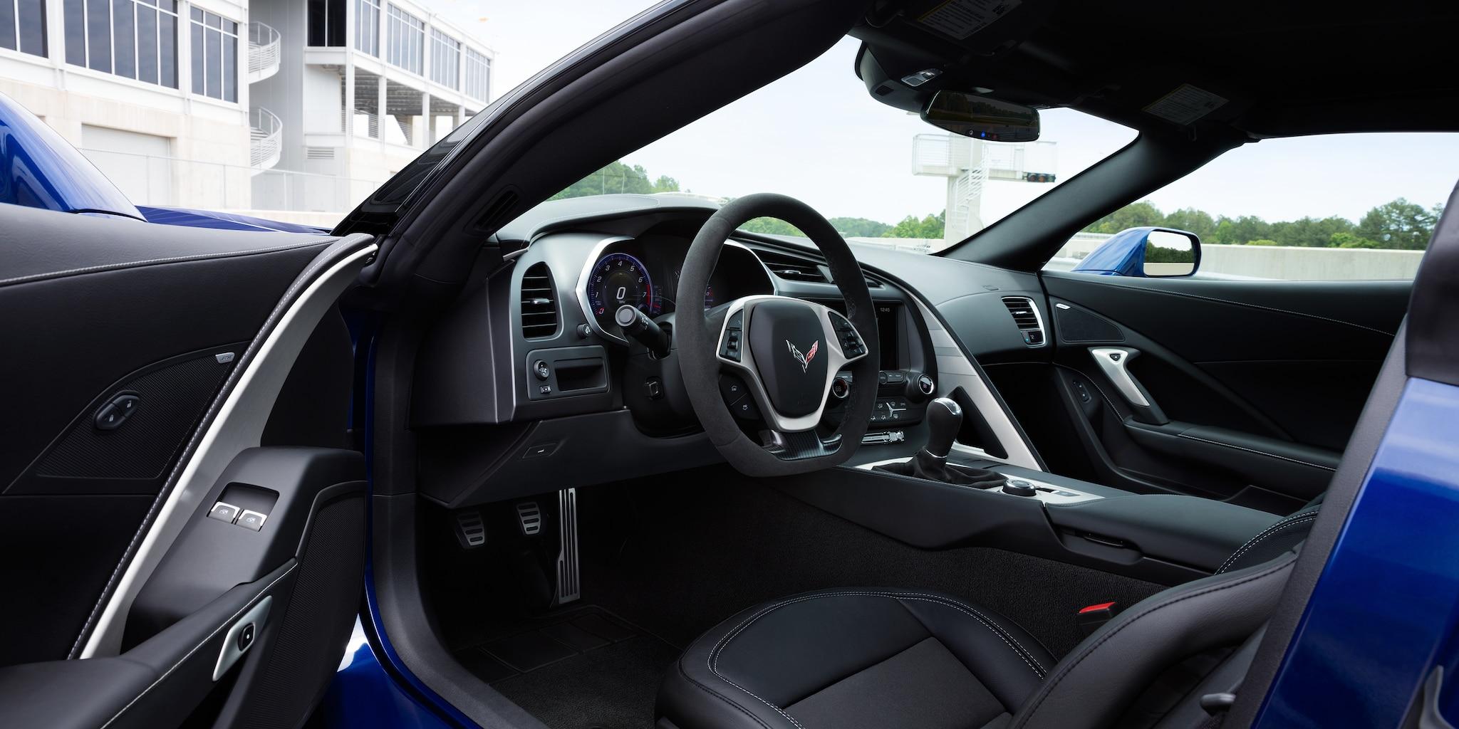 Diseño del auto deportivo Corvette Grand Sport 2018: interior