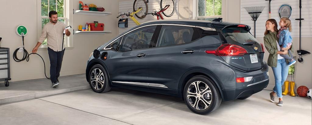 Perfil del lado de carga del auto eléctrico Bolt EV 2019