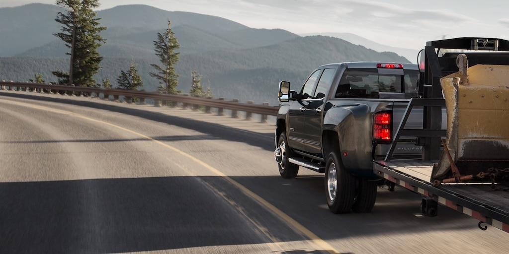 Desempeño de la camioneta comercial de trabajo Silverado HD 2019: remolque