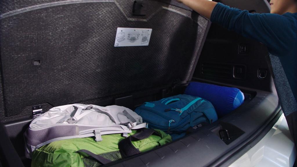 SUV mediana Traverse 2019: Almacenamiento oculto
