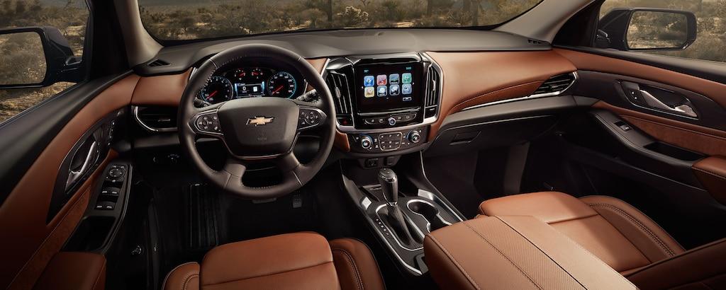 Diseño de la SUV mediana Traverse 2019: interior, tablero