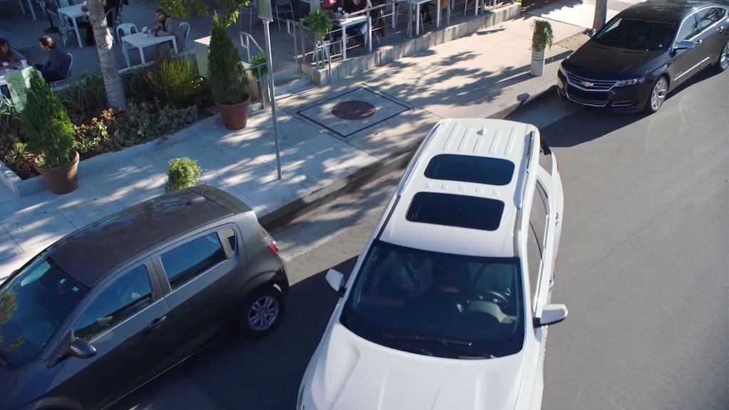 Seguridad en la SUV mediana Traverse 2019: visión envolvente
