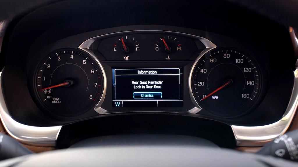 Tecnología en la SUV mediana Traverse 2019: Recordatorio de asientos traseros