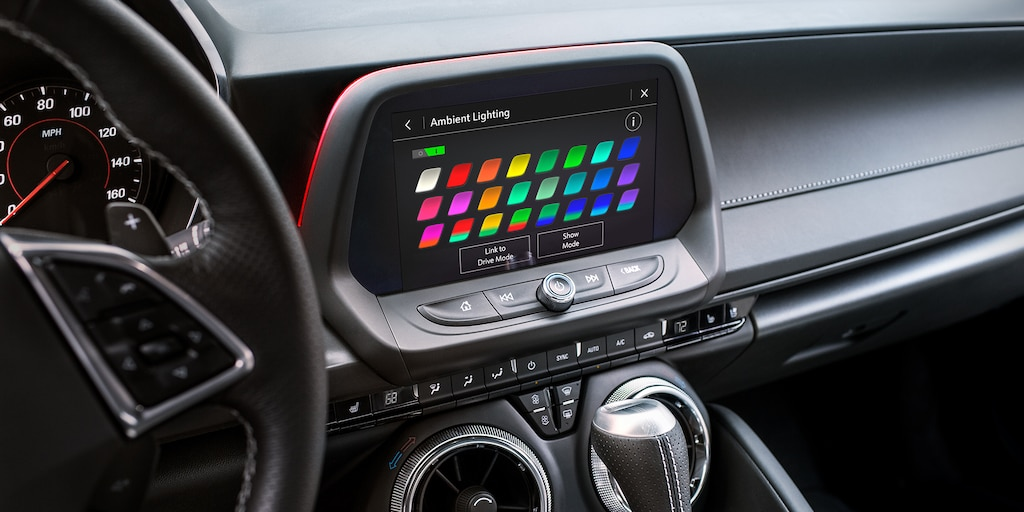 Camaro 2019: Iluminación interior espectral