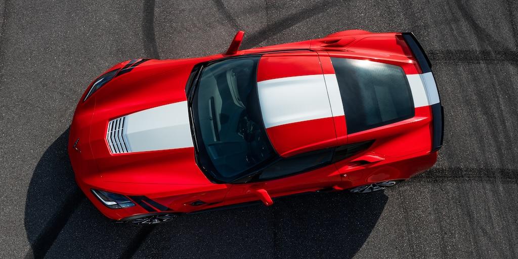 Diseño del auto deportivo Corvette Grand Sport 2019: arriba