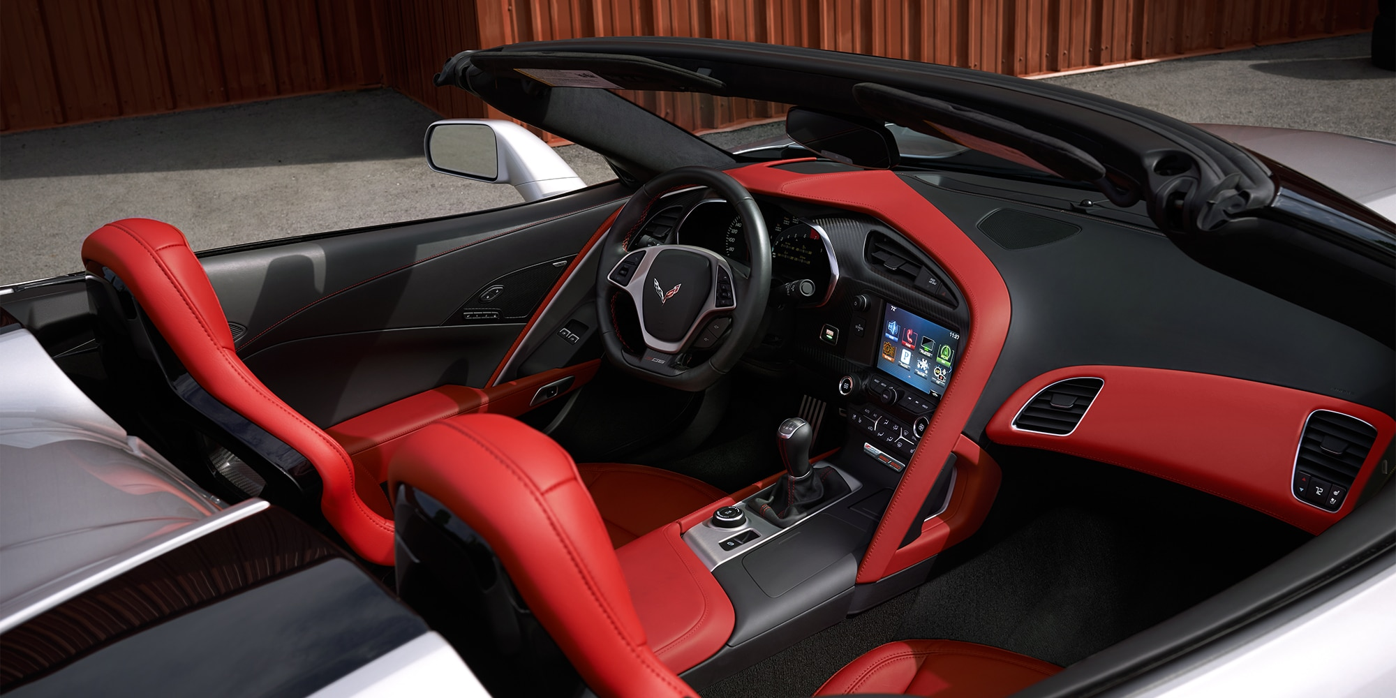 Diseño del superauto Corvette Z06 2019: cabina del conductor 2