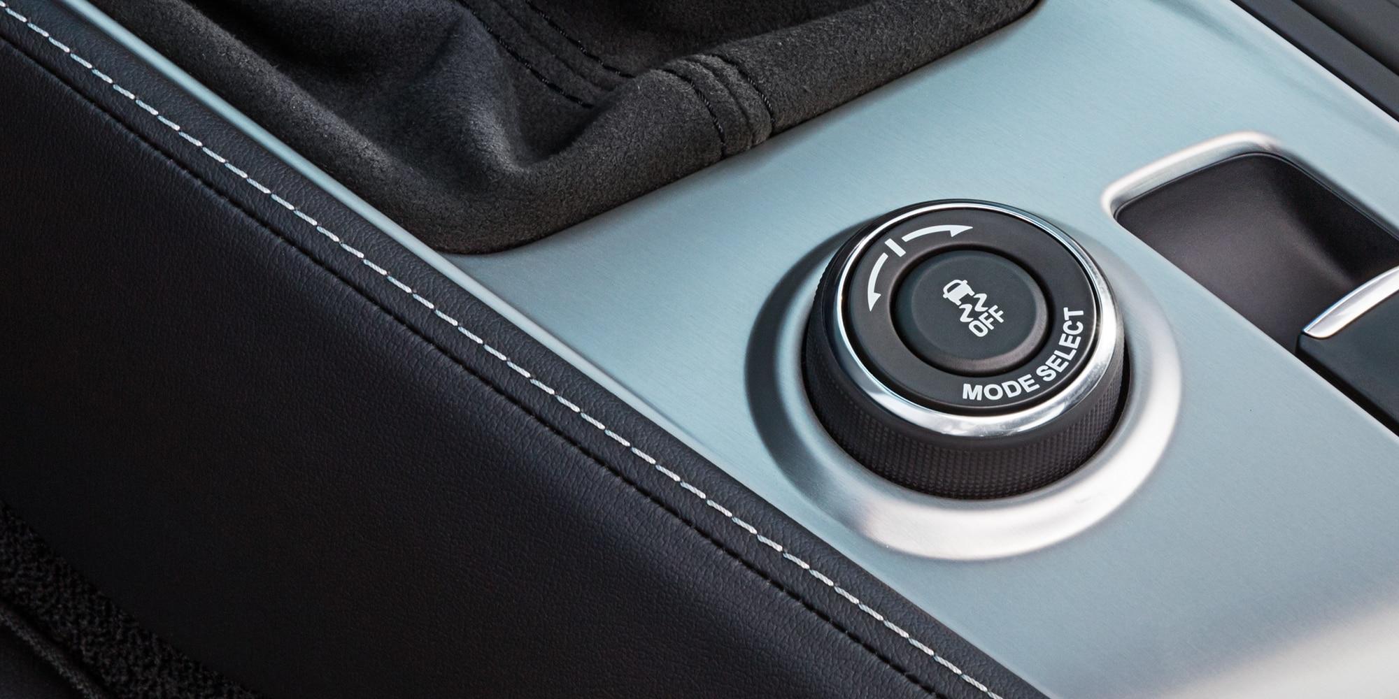 Tecnología de auto deportivo Corvette ZR1 2019: modo de conductor