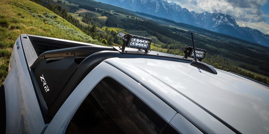 Diseño de la camioneta todo terreno Colorado ZR2 2019: vista lateral de arriba de la caja