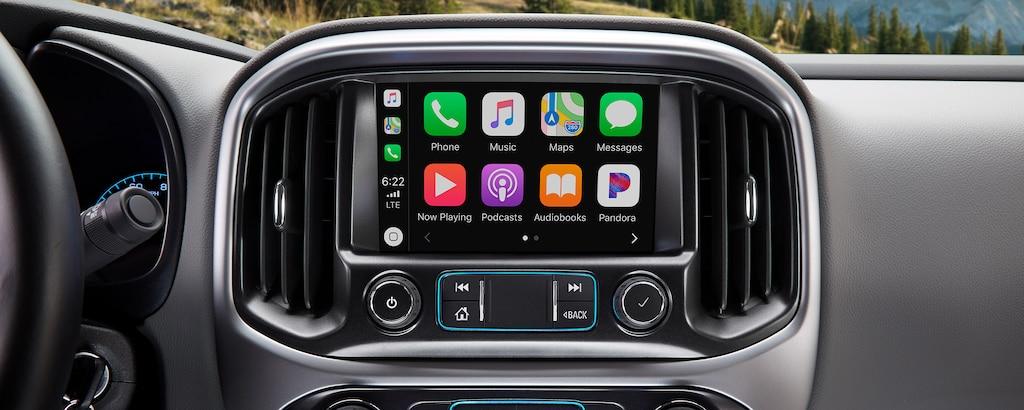 Foto del interior de la camioneta de trabajo Colorado Commercial 2020: Tecnología