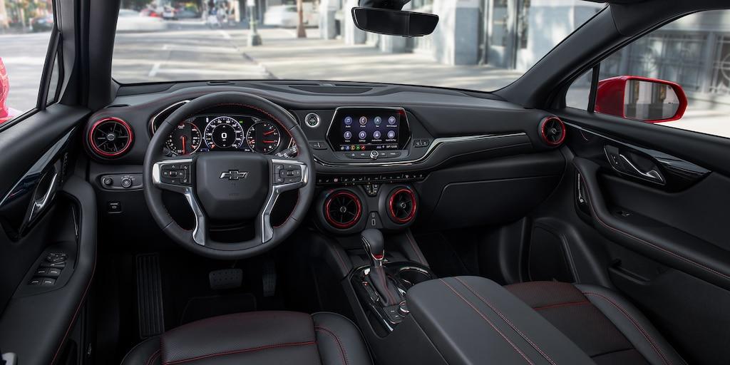 SUV deportiva Chevy Blazer 2020: Tablero interior
