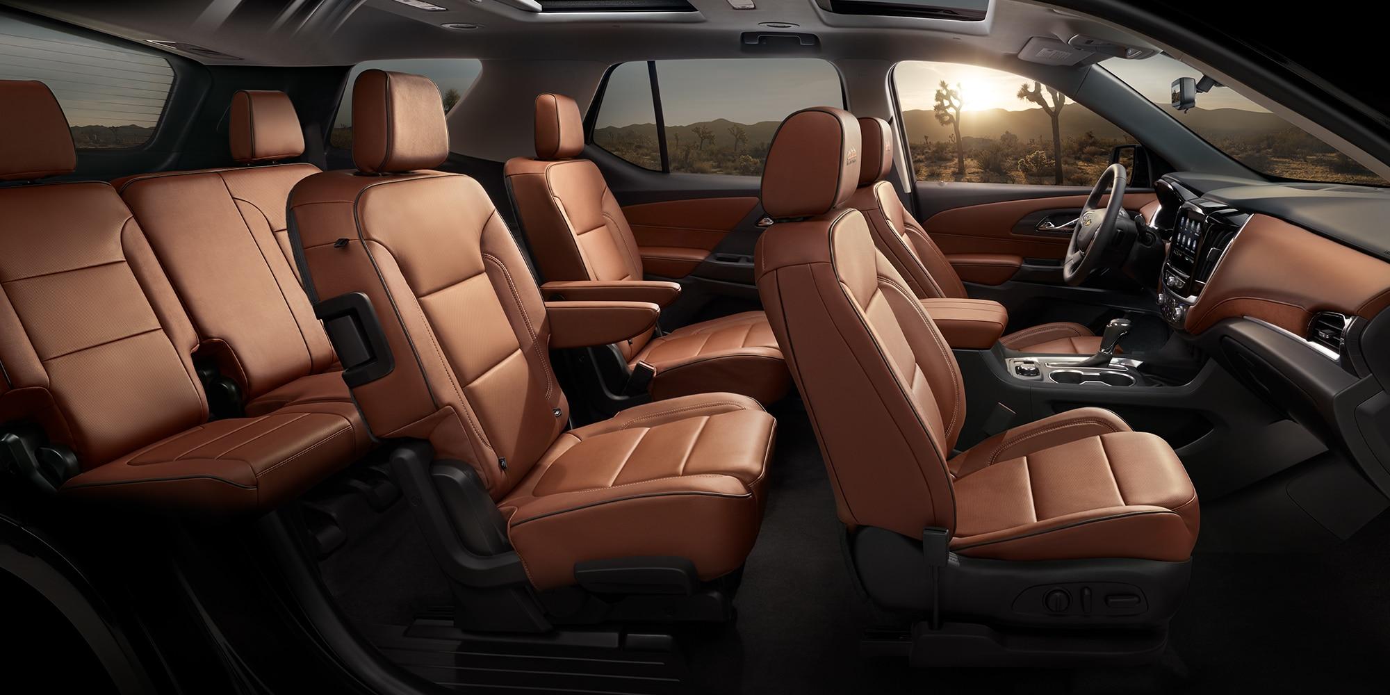 3 filas de asientos en la SUV Chevrolet Traverse 2020 de tamaño mediano