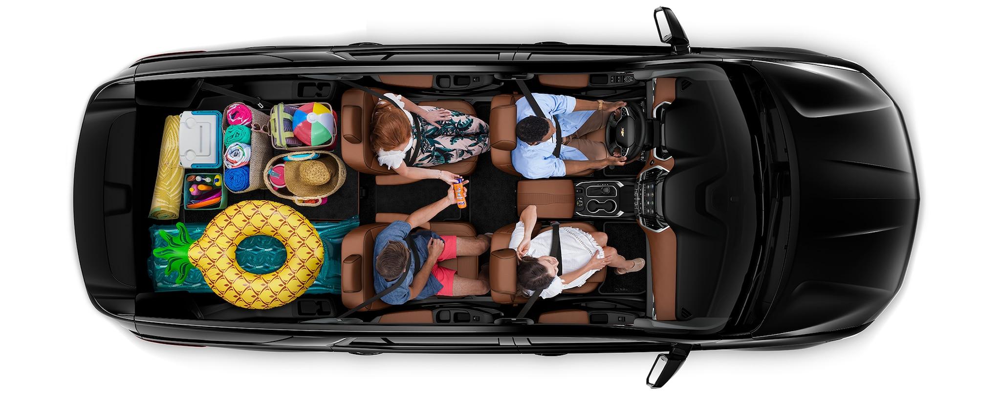 Área de carga de la SUV mediana Traverse 2020: viaje a la playa
