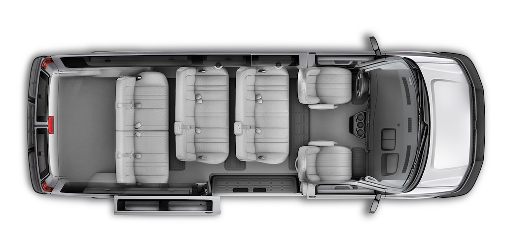 Van Chevy Express Passenger 2021: 12 pasajeros