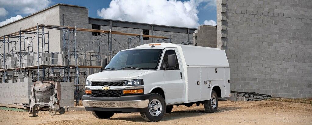 Van Express Cutaway 2021