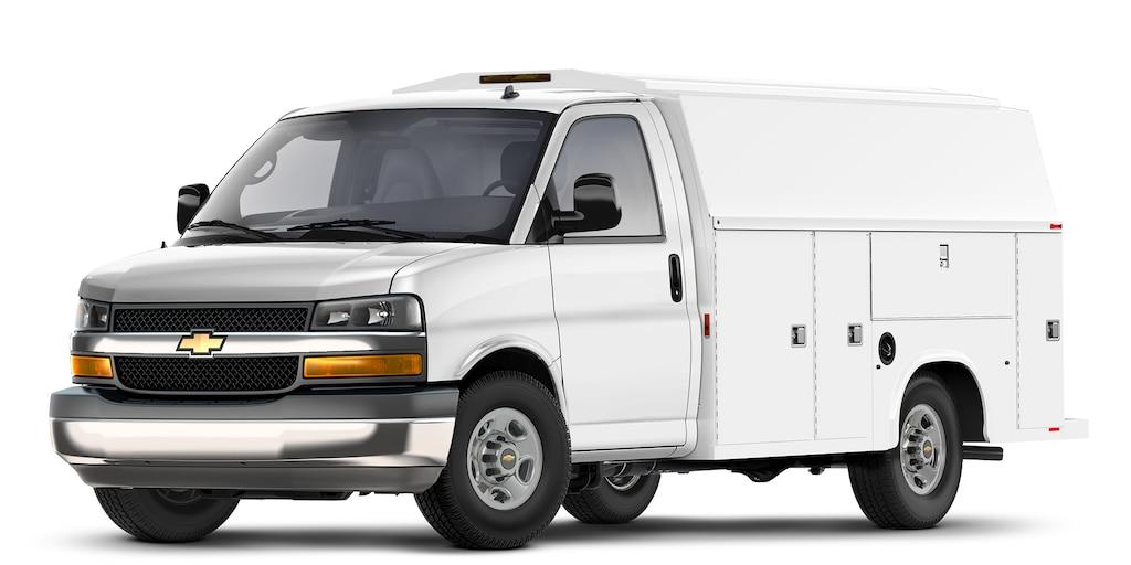 Chevy Express Cutaway2021 con equipamiento especial