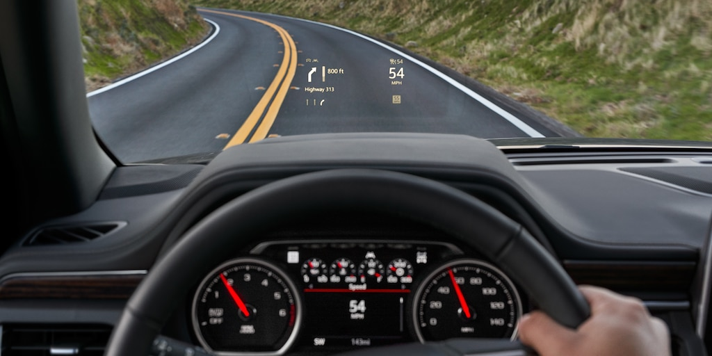Tecnología de la Suburban 2021 - heads up display