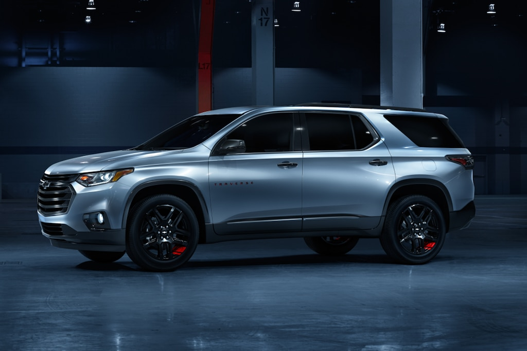 Chevy Traverse 2021 Redline Edition: Perfil lateral