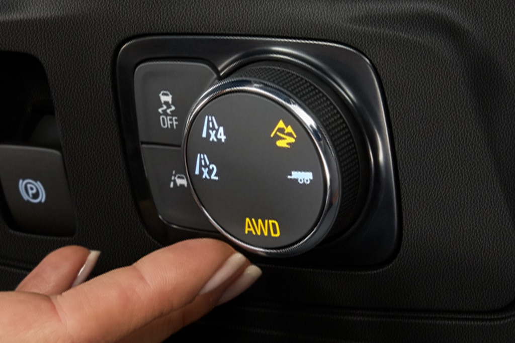 Chevy Traverse 2021: Traction Mode Select