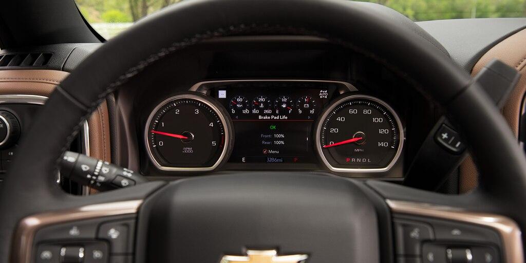 CamionetaChevy Silverado HD2021: sistema de información al conductor