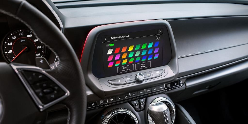 Galería del interior delChevy Camaro 2022: pantalla de infoentretenimiento