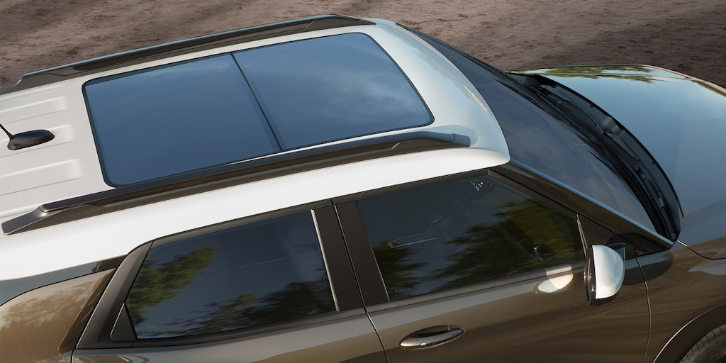 SUV Chevrolet Trailblazer 2022: Toma aérea del techo corredizo panorámico